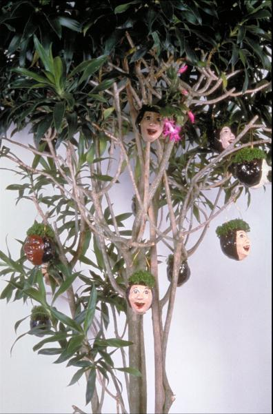tree with heads